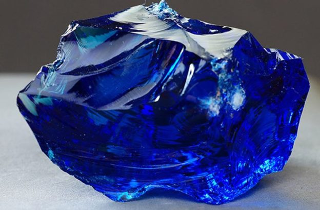 Properties and Virtues of Sapphire - Kabeer Agate Blog Site