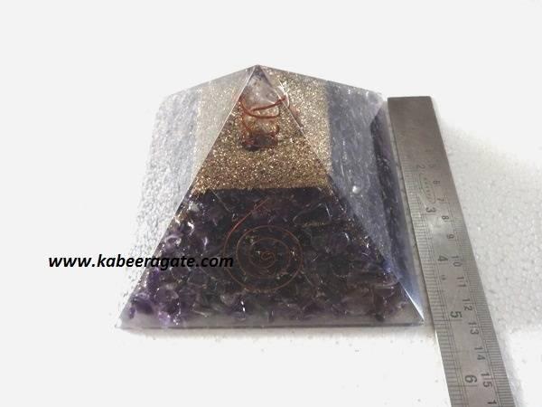 Amethyst Orgone Pyramid with Quartz Point (Big)