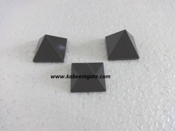 Black Agate Pyramids (Small)